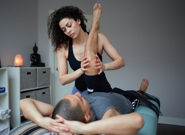 fascial stretch therapy